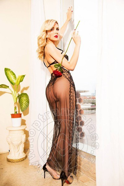 Lavinia Carrington  ROMA 3313057517